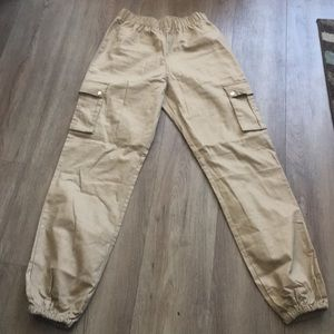 Pretty little this cargo pants size 4